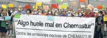 Un centenar de voces contra las emisiones de Chemastur